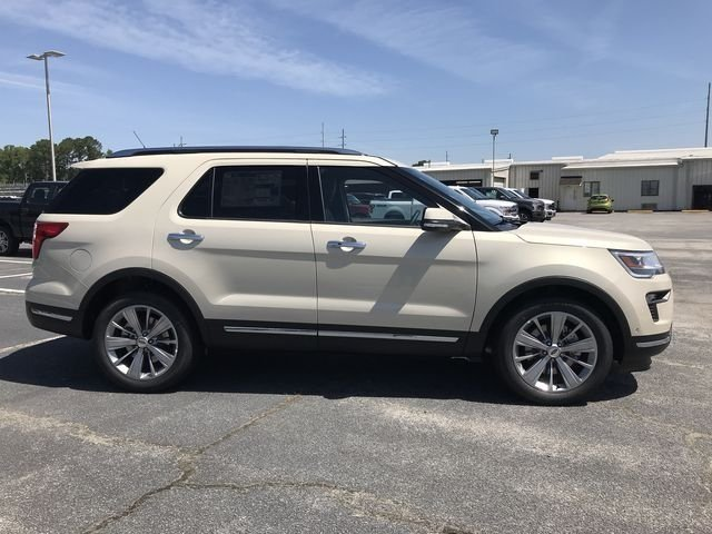 2018 Platinum Dune Metallic Tri-Coat Ford Explorer Limited 3.5L V6 Ti-VCT Engine FWD 4 Door Automatic SUV