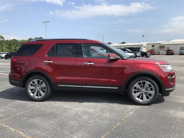 2018 Ruby Red Metallic Tinted Clearcoat Ford Explorer Limited 3.5L V6 Ti-VCT Engine Automatic 4 Door