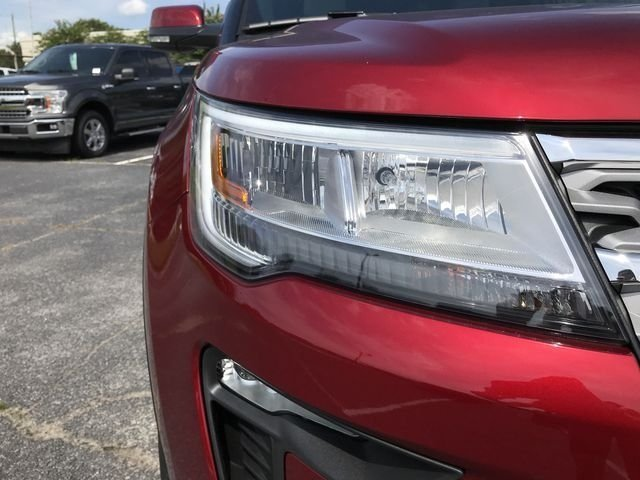 2018 Ruby Red Metallic Tinted Clearcoat Ford Explorer Limited FWD 4 Door 3.5L V6 Ti-VCT Engine