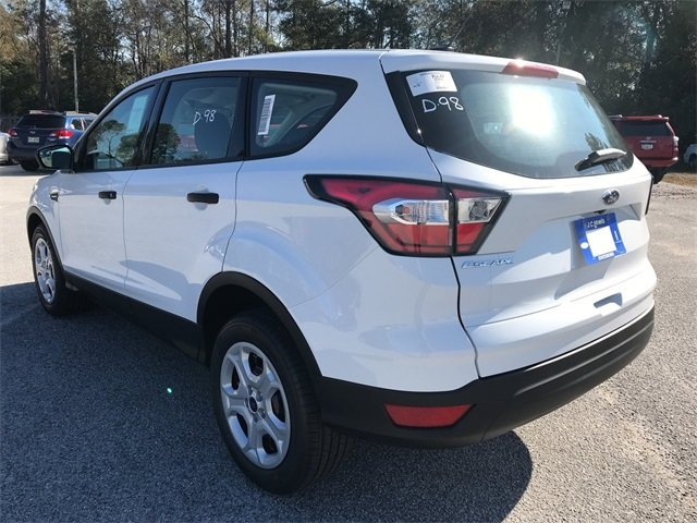 2018 Oxford White Ford Escape S FWD 2.5L iVCT Engine Automatic