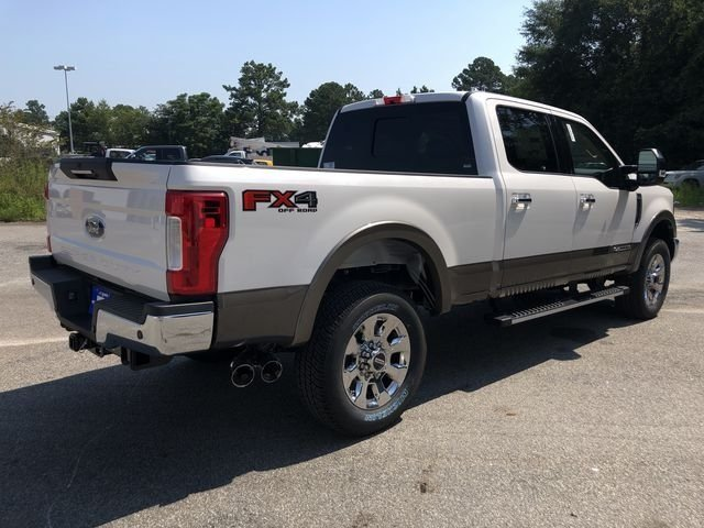 2018 Ford Super Duty F-250 SRW Lariat Power Stroke 6.7L V8 DI 32V OHV Turbodiesel Engine Automatic Truck