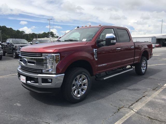2019 Ford Super Duty F-250 SRW Lariat Automatic 4 Door Power Stroke 6.7L V8 DI 32V OHV Turbodiesel Engine