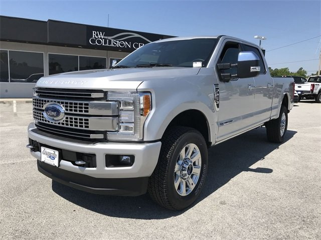 2018 Ford Super Duty F-250 SRW Platinum 4X4 Automatic Truck 4 Door Power Stroke 6.7L V8 DI 32V OHV Turbodiesel Engine