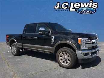 2018 Shadow Black Ford Super Duty F-250 SRW King Ranch Power Stroke 6.7L V8 DI 32V OHV Turbodiesel Engine 4X4 Automatic 4 Door