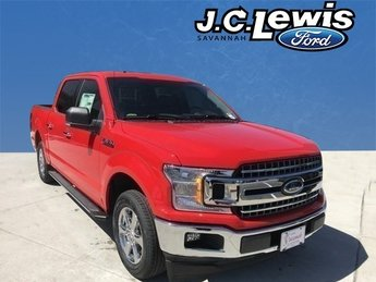 2018 Race Red Ford F-150 XLT EcoBoost 2.7L V6 GTDi DOHC 24V Twin Turbocharged Engine 4 Door Truck RWD