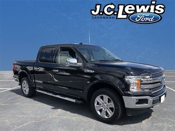 2018 Shadow Black Ford F-150 Lariat Automatic 4X4 4 Door EcoBoost 3.5L V6 GTDi DOHC 24V Twin Turbocharged Engine Truck