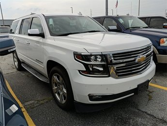 2015 Summit White Chevrolet Suburban LTZ 4X4 Automatic V8 Engine SUV 4 Door