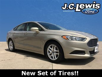 2015 Tectonic Ford Fusion SE FWD 4 Door EcoBoost 1.5L I4 GTDi DOHC Turbocharged VCT Engine Automatic Sedan