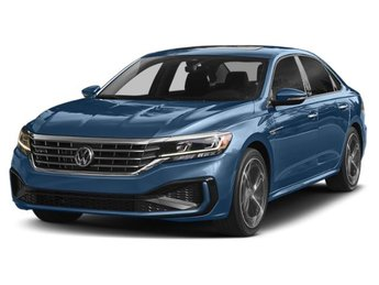 2020 Tourmaline Blue Metallic Volkswagen Passat 2.0T SEL Intercooled Turbo Regular Unleaded I-4 2.0 L/121 Engine Automatic FWD