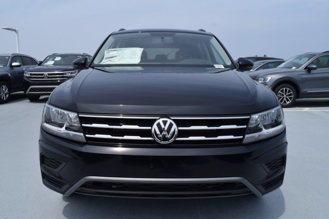 2020 Deep Black Pearl Volkswagen Tiguan S Intercooled Turbo Regular Unleaded I-4 2.0 L/121 Engine SUV 4 Door FWD Automatic