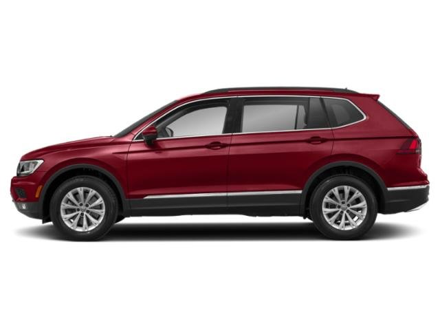2020 Cardinal Red Metallic Volkswagen Tiguan SE FWD SUV Intercooled Turbo Regular Unleaded I-4 2.0 L/121 Engine