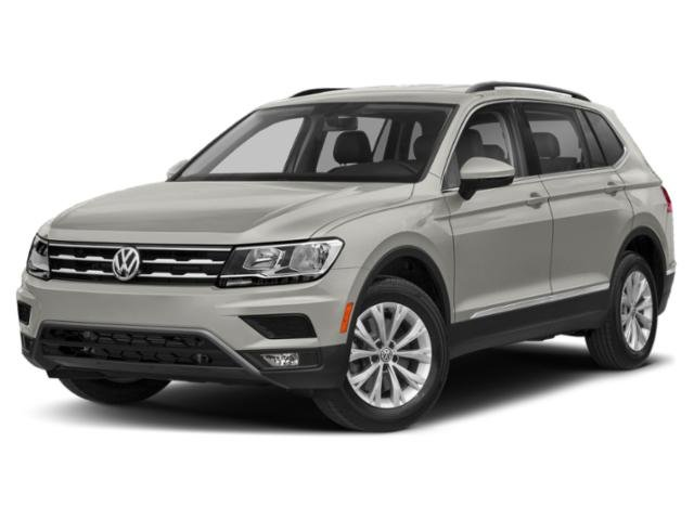 2020 Volkswagen Tiguan SE SUV Intercooled Turbo Regular Unleaded I-4 2.0 L/121 Engine FWD Automatic 4 Door