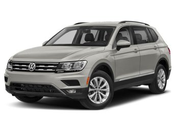 2020 Volkswagen Tiguan SE FWD 4 Door Intercooled Turbo Regular Unleaded I-4 2.0 L/121 Engine SUV