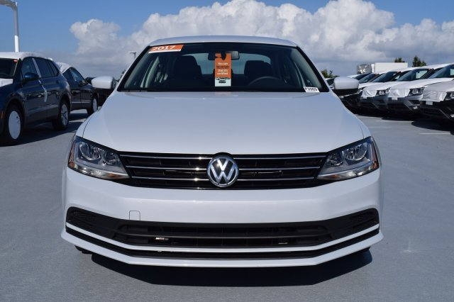 2017 Volkswagen Jetta 1.4T S Intercooled Turbo Regular Unleaded I-4 1.4 L/85 Engine 4 Door Sedan