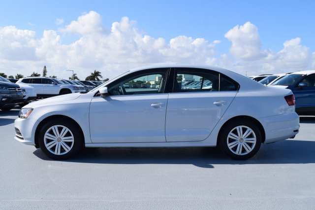 2017 White Silver Metallic Volkswagen Jetta 1.4T S Sedan Intercooled Turbo Regular Unleaded I-4 1.4 L/85 Engine Automatic FWD 4 Door