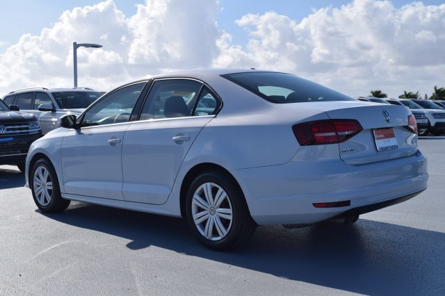 2017 Volkswagen Jetta 1.4T S Intercooled Turbo Regular Unleaded I-4 1.4 L/85 Engine Sedan 4 Door FWD