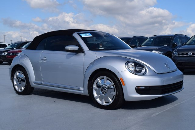 2016 Volkswagen Beetle Convertible 1.8T SEL Automatic Intercooled Turbo Regular Unleaded I-4 1.8 L/110 Engine Convertible FWD