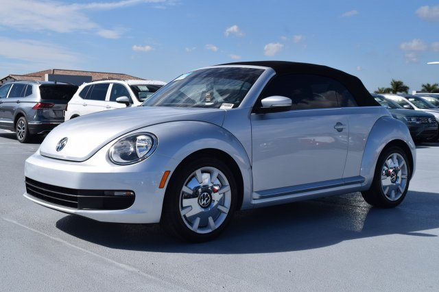 2016 Volkswagen Beetle Convertible 1.8T SEL 2 Door Intercooled Turbo Regular Unleaded I-4 1.8 L/110 Engine Automatic