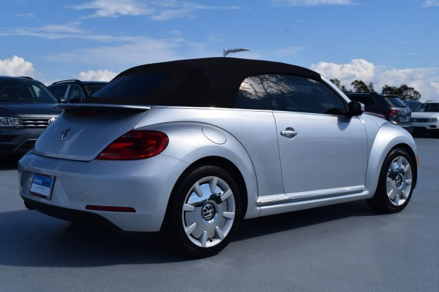 2016 Volkswagen Beetle Convertible 1.8T SEL Intercooled Turbo Regular Unleaded I-4 1.8 L/110 Engine Convertible 2 Door FWD Automatic