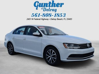 2017 Volkswagen Jetta 1.4T SE Sedan Intercooled Turbo Regular Unleaded I-4 1.4 L/85 Engine FWD Automatic