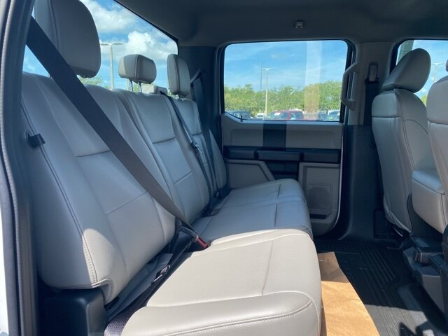2021 Oxford White Ford Super Duty F-550 DRW XL Truck 4 Door RWD Automatic