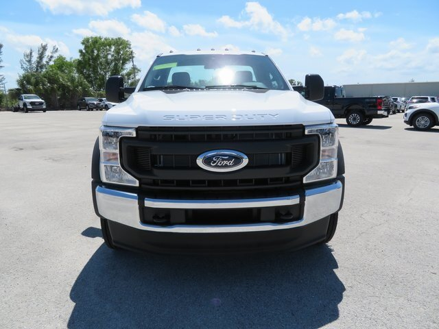 2021 Oxford White Ford Super Duty F-550 DRW XL Power Stroke 6.7L V8 DI 32V OHV Turbodiesel Engine Truck 2 Door Automatic RWD