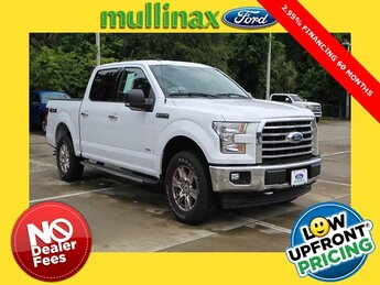 2017 Oxford White Ford F-150 XLT 4X4 Truck 2.7L V6 EcoBoost Engine 4 Door