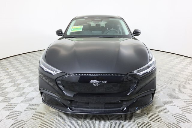 2021 Ford Mustang Mach-E Select SUV RWD 4 Door Electric 266hp Engine Automatic