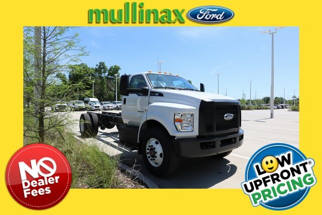 2021 Oxford White Ford F-750SD Base RWD Automatic V8 Engine