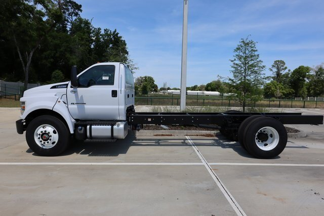 2021 Ford F-750SD Base RWD Truck 2 Door Automatic