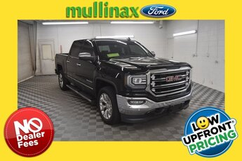 2018 Onyx Black GMC Sierra 1500 SLT Automatic 4X4 V8 Engine Truck 4 Door