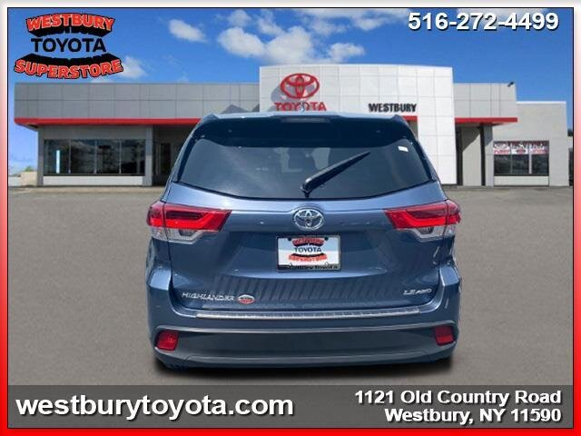 2018 SHORELINE BLUE PEARL Toyota Highlander LE Plus Automatic SUV AWD 4 Door