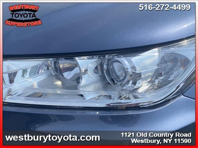 2018 SHORELINE BLUE PEARL Toyota Highlander LE Plus 4 Door V6 Cylinder Engine SUV AWD