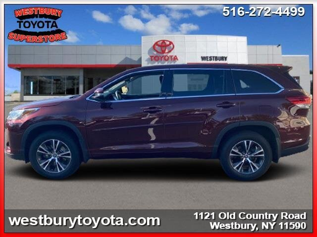 2018 Toyota Highlander LE SUV Automatic 4 Door AWD