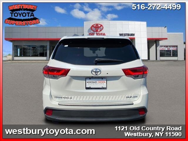 2019 BLIZZARD PEARL Toyota Highlander XLE 4 Door Automatic V6 Cylinder Engine AWD SUV