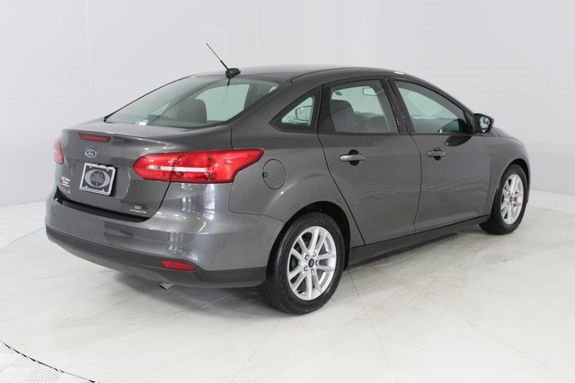 2015 Ford Focus SE FWD Automatic 4 Door