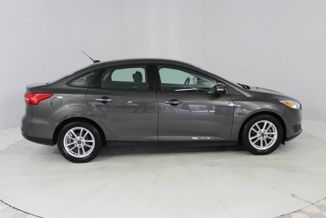 2015 Magnetic Ford Focus SE Automatic FWD Sedan 2.0L 4-Cylinder DGI DOHC Engine 4 Door