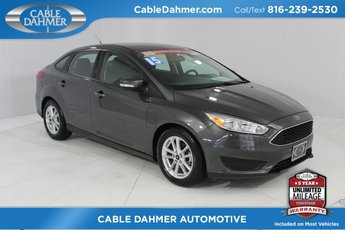 2015 Magnetic Ford Focus SE Sedan 4 Door 2.0L 4-Cylinder DGI DOHC Engine