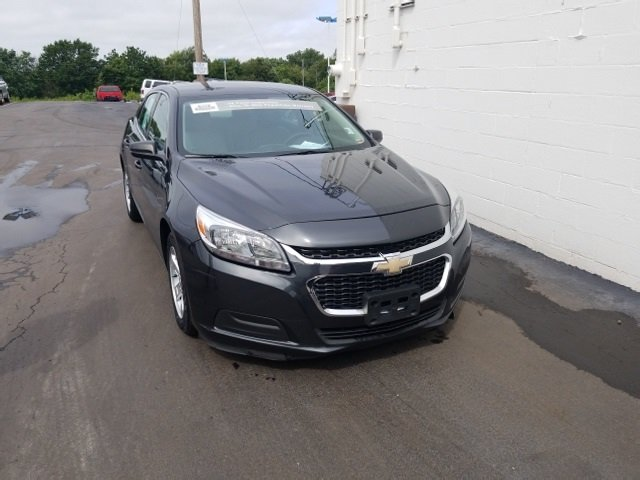 2015 Ashen Gray Metallic Chevy Malibu LS FWD Automatic ECOTEC 2.5L I4 DGI DOHC VVT Engine Sedan 4 Door