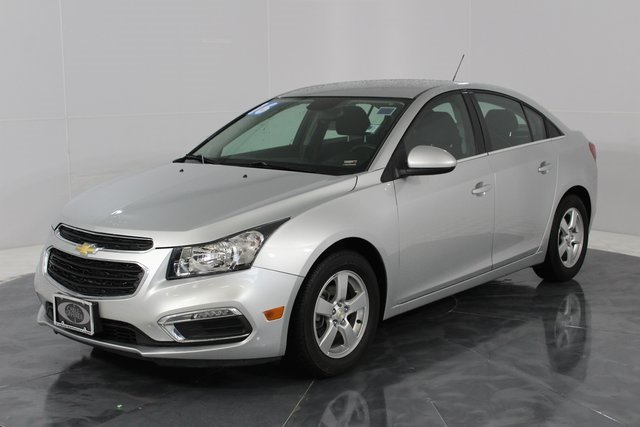 2016 Silver Chevrolet Cruze Limited LT Automatic FWD ECOTEC 1.4L I4 SMPI DOHC Turbocharged VVT Engine 4 Door Sedan