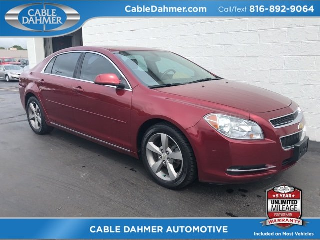 2009 red Chevy Malibu LT w/2LT Automatic FWD Sedan