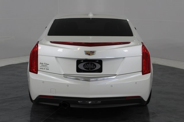 2015 Crystal White Tricoat Cadillac ATS Luxury RWD 2.5L I4 DI DOHC VVT Engine Automatic RWD Sedan 4 Door