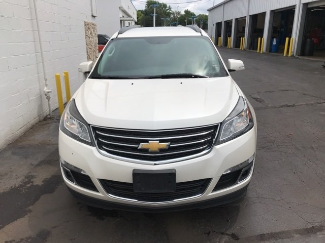 2014 White Diamond Tricoat Chevy Traverse LT 3.6L V6 SIDI Engine 4 Door AWD Automatic