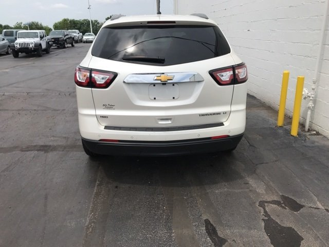 2014 White Diamond Tricoat Chevy Traverse LT 4 Door Automatic SUV AWD 3.6L V6 SIDI Engine