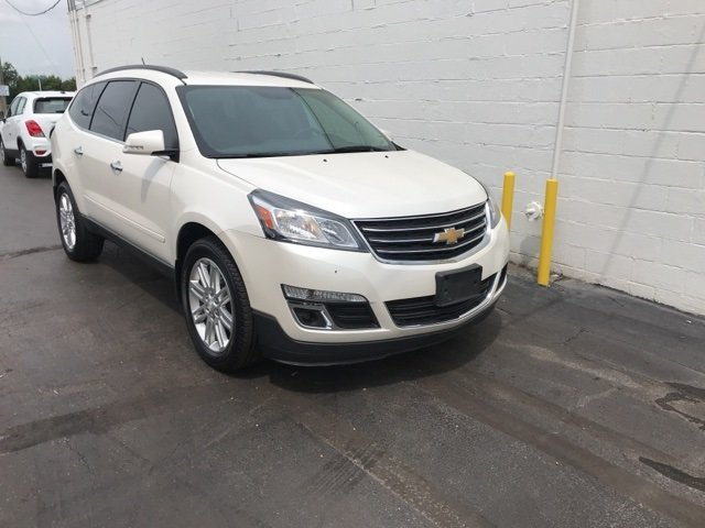 2014 White Diamond Tricoat Chevy Traverse LT 4 Door Automatic 3.6L V6 SIDI Engine SUV AWD
