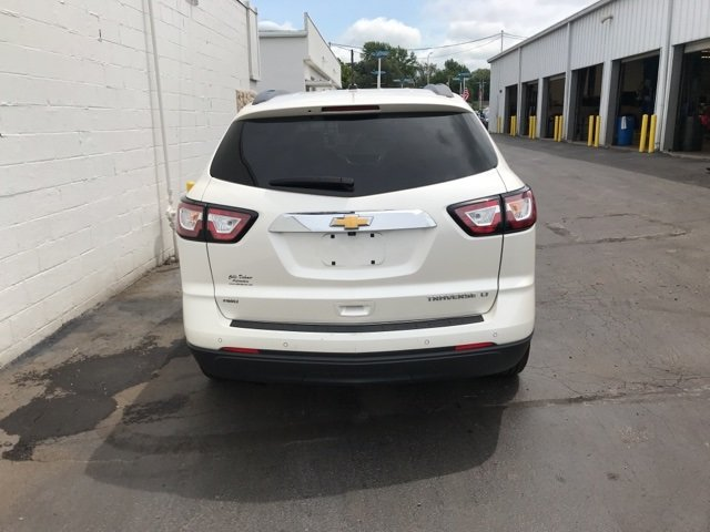 2014 White Diamond Tricoat Chevy Traverse LT 4 Door AWD Automatic
