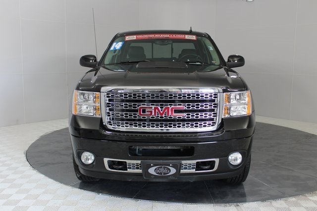 2014 Onyx Black GMC Sierra 2500HD Denali 4X4 Truck Duramax 6.6L V8 Turbodiesel Engine Automatic 4 Door