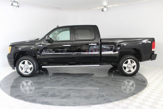 2014 Onyx Black GMC Sierra 2500HD Denali 4 Door Truck Automatic Duramax 6.6L V8 Turbodiesel Engine 4X4