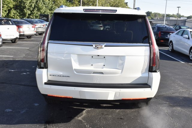 2015 Cadillac Escalade ESV Luxury 4 Door 4X4 Automatic SUV