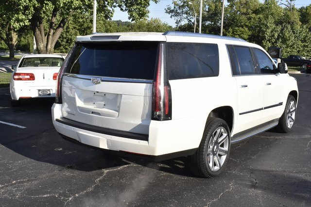 2015 White Diamond Tricoat Cadillac Escalade ESV Luxury SUV Vortec 6.2L V8 SIDI Engine Automatic